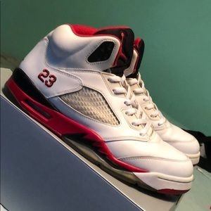 Jordan 5 Retro Fire Red Black Tongue (2013)